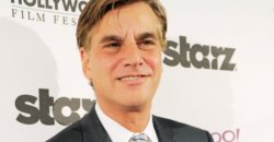 Sorkin confirmed for Jobs biopic