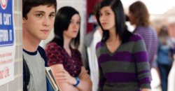 First Look – Emma Watson and Logan Lerman in The Perks of Being a Wallflower