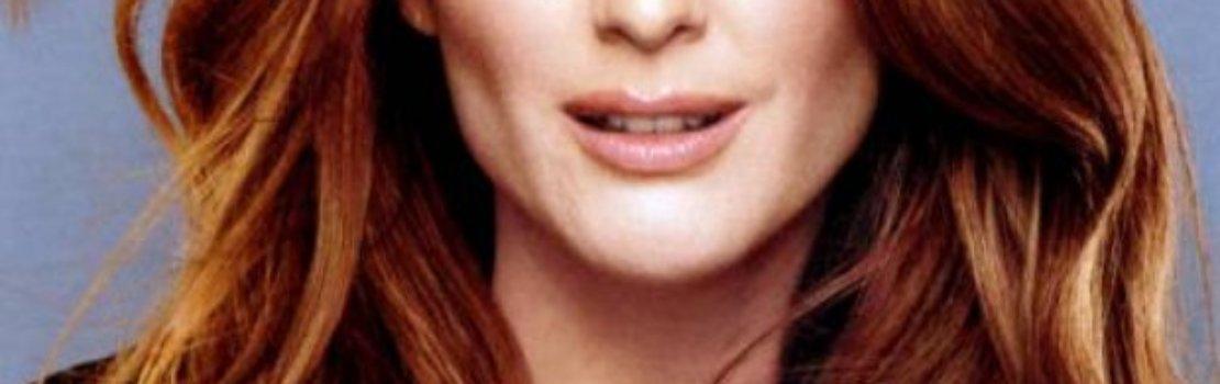Moore Cast as Sarah Palin