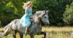 Teaser Trailer – Cinderella
