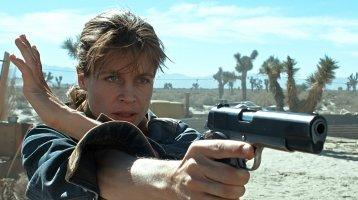 Linda Hamilton returning to Terminator