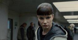 Sylvia Hoeks – Blade Runner 2049