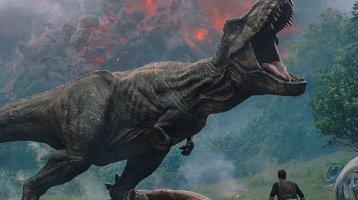 Chris Pratt cuddles a T-Rex in the Final Jurassic World: Fallen Kingdom trailer!