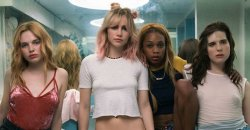 Suki Waterhouse & Hari Nef – Assassination Nation