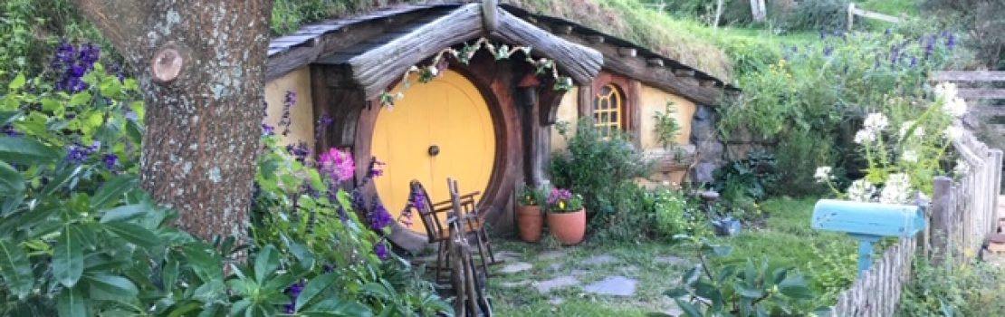 Hobbiton Set Tour: Then and Now